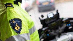 Vrachtwagenchauffeur beroofd door 'nepagenten'