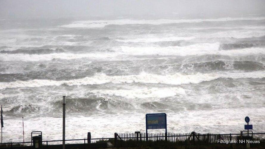 Windstoten en zware regen op komst; drukke spits verwacht