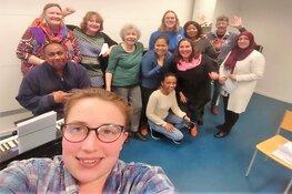 Samen Nederlandse liedjes zingen bij Cultuurcentrum Heemskerk