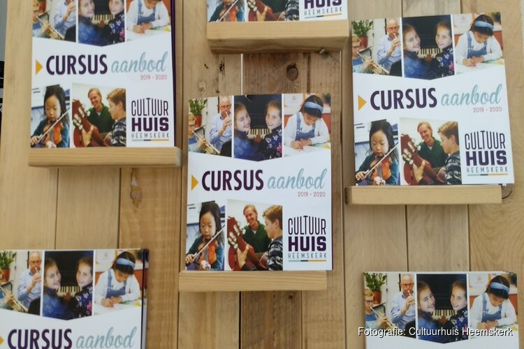 Nieuwe brochure Cultuurhuis Heemskerk