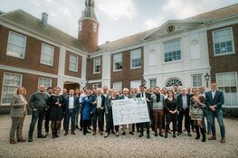 Meer dan 17 ondernemers en overheid tekenen met vereniging GreenBiz IJmond de GreenBiz Green Deal
