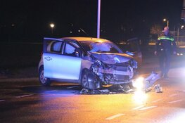 Twee auto's total loss in Heemskerk